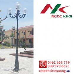 Cột trang trí sân vườn DC06 lắp 4 đèn cầu
