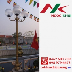 Trụ trang trí sân vườn Bambo lắp đèn hoa sen